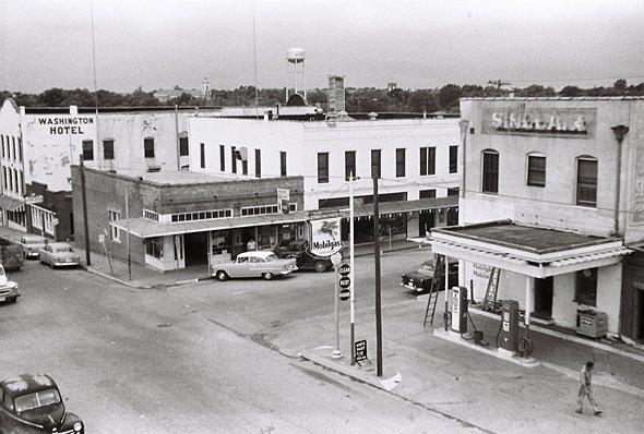 Market-and-Alamo-1960